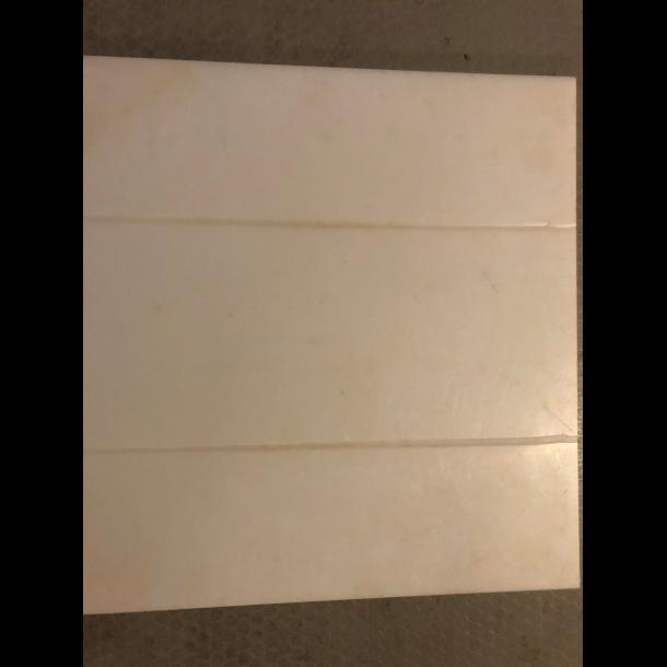 Presseplade m. riller TP 40: 41 x 41 cm.